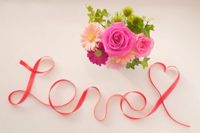 花とリボンアート